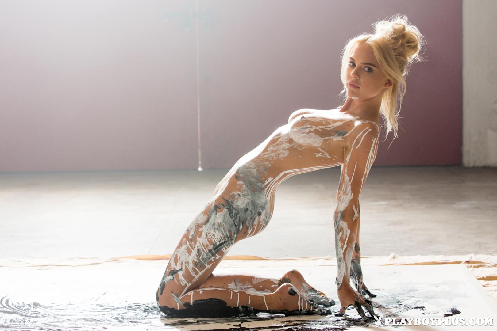 Naked rachel harris Rachel Harris